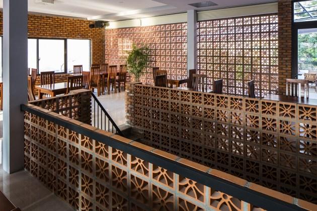 lan can gạch bông gió kiến trúc quán ăn