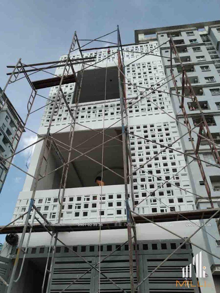 Thi công gạch bông gió kiến trúc mặt tiền